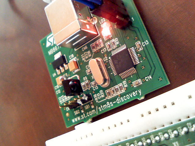 IR-module attached to STM8S Discovery Kit
